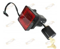 "HITCH COVER BRAKE LIGHT & 5/8"" HITCH RECEIVER LOCK W/ 2 KEYS"